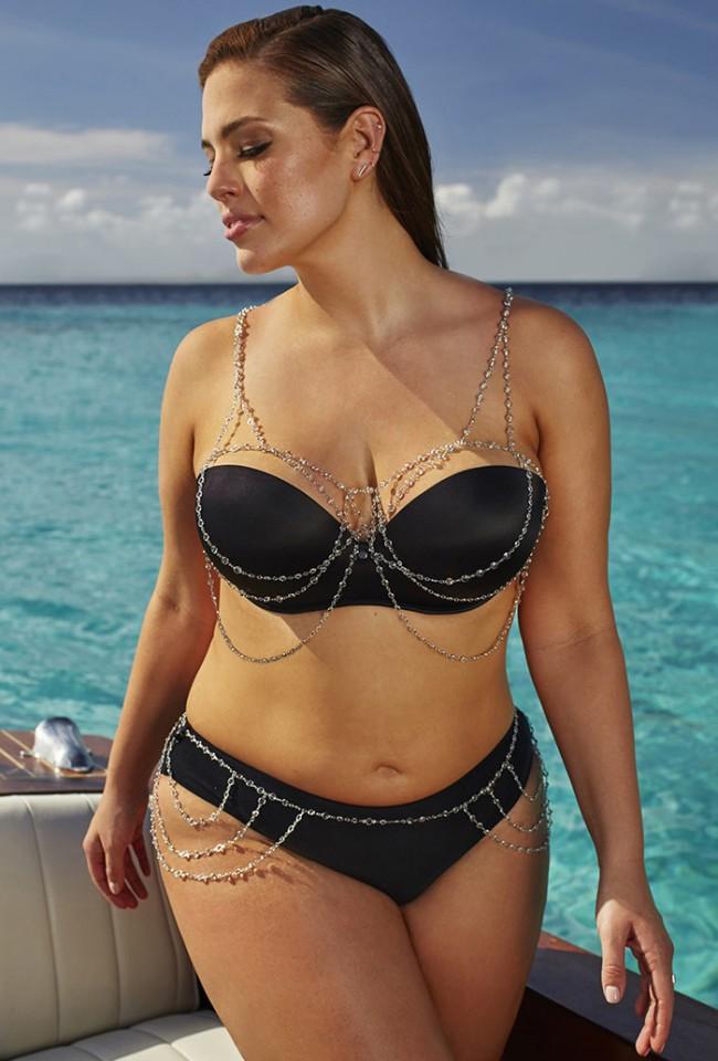 Ashley Graham, Swimsuit For All - Black Bikini con gioielli