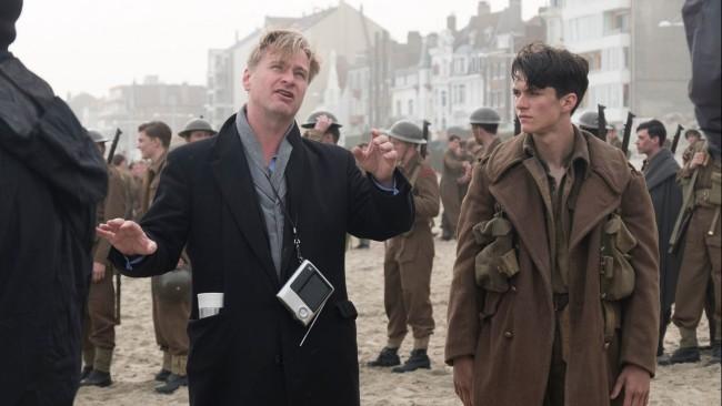 Christopher Nolan e Fionn Whitehead sul set di Dunkirk
