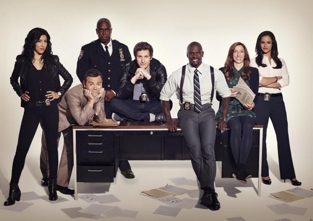 Il cast della serie TV Brooklyn Nine-Nine. Amalia D'Anna ci parla di questa serie TV e del perché dovremmo guardarla