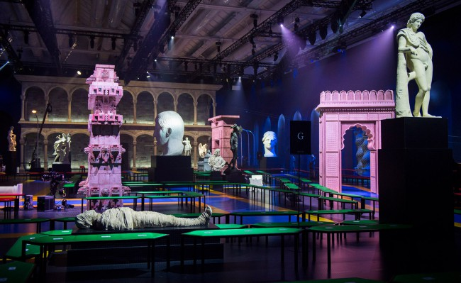 Gucci, Milan Fashion Week, Set
