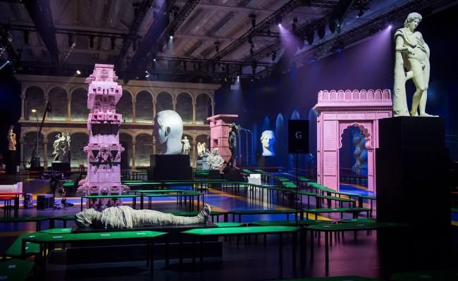 Gucci, Milan Fashion Week, Set