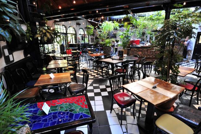Kunst und Cafè presso il Hundertwasserhaus, Vienna