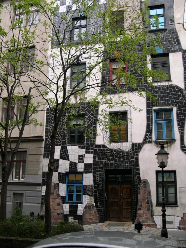 Facciata del Museo Hundertwasser