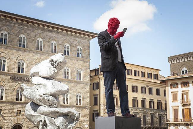 Urs Fischer, 2 Tuscan Men