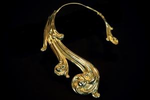 Gianfranco Ferré mostra Sotto un'altra luce Gioielli e Ornamenti Collana ricciolo AI 85-86