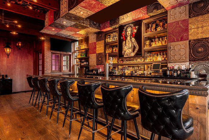Bar Mi Chola (Aspen, United States) Davis Ink Limited