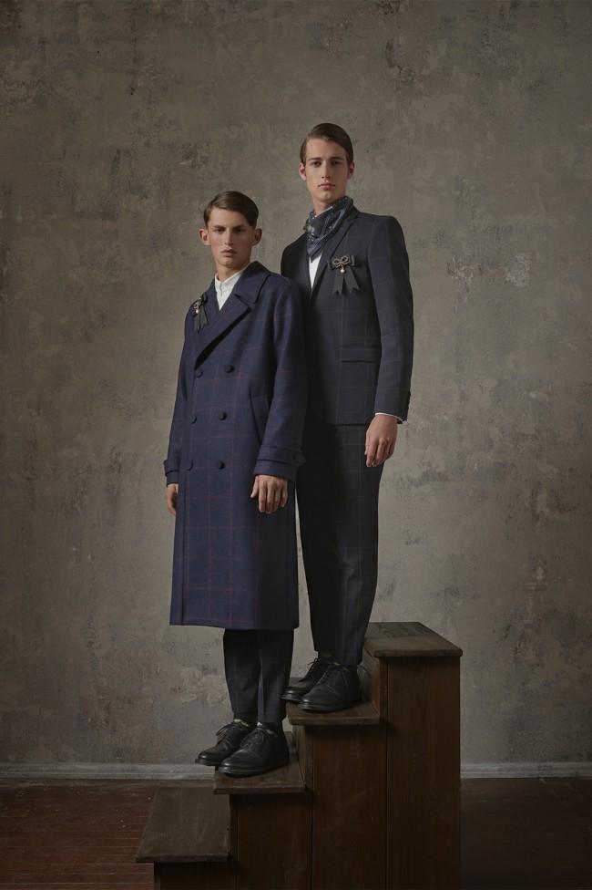Collezione Erdem X H&M. Blazer da uomo a chevron. Foto di Michal Pudelka