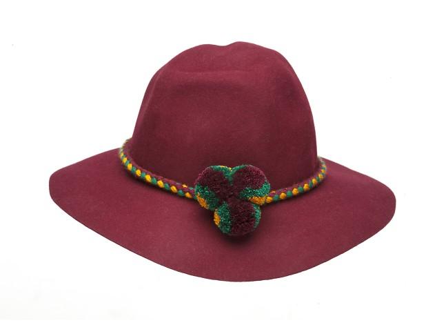 Leontine Vintage è una collezione di cappelli e accessori per capelli Made In Italy dallo charme d'antan in chiave 2.0. Ecco la collezione Fall/Winter 2017.
