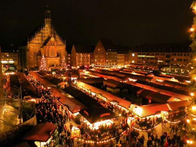 Piazza del Mercato, mercatino di Natale