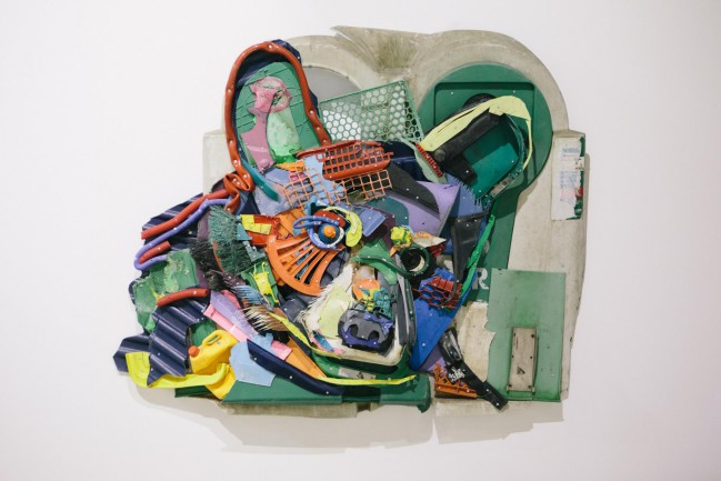 Bordalo II, street artist di Lisbona, si fa portavoce delle problematiche legate ai rifiuti dannosi per il nostro pianeta. Ecco la mostra Attero a Lisbona.