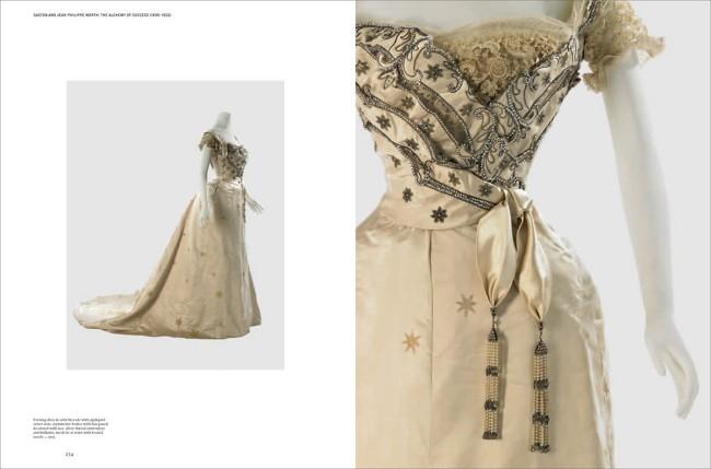 The House of Worth, 1858-1954: The birth of Haute Couture. Ecco i libri di moda usciti in questo 2017. Noi ne abbiamo raccolti dieci e ce n'è davvero per tutti i gusti...
