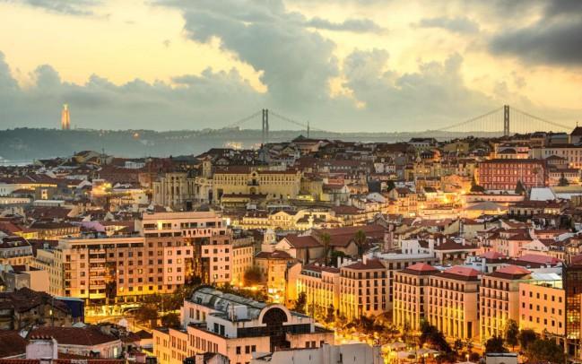 Lisbona, Portogallo. Ecco la TOP 5 di Best in Travel delle mete turistiche da scoprire in questo 2018