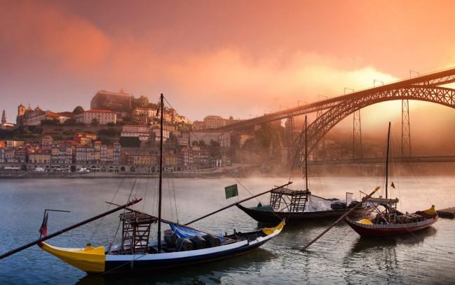 Ponte Dom Luís I, Porto, Portogallo. Ecco la TOP 5 di Best in Travel delle mete turistiche da scoprire in questo 2018