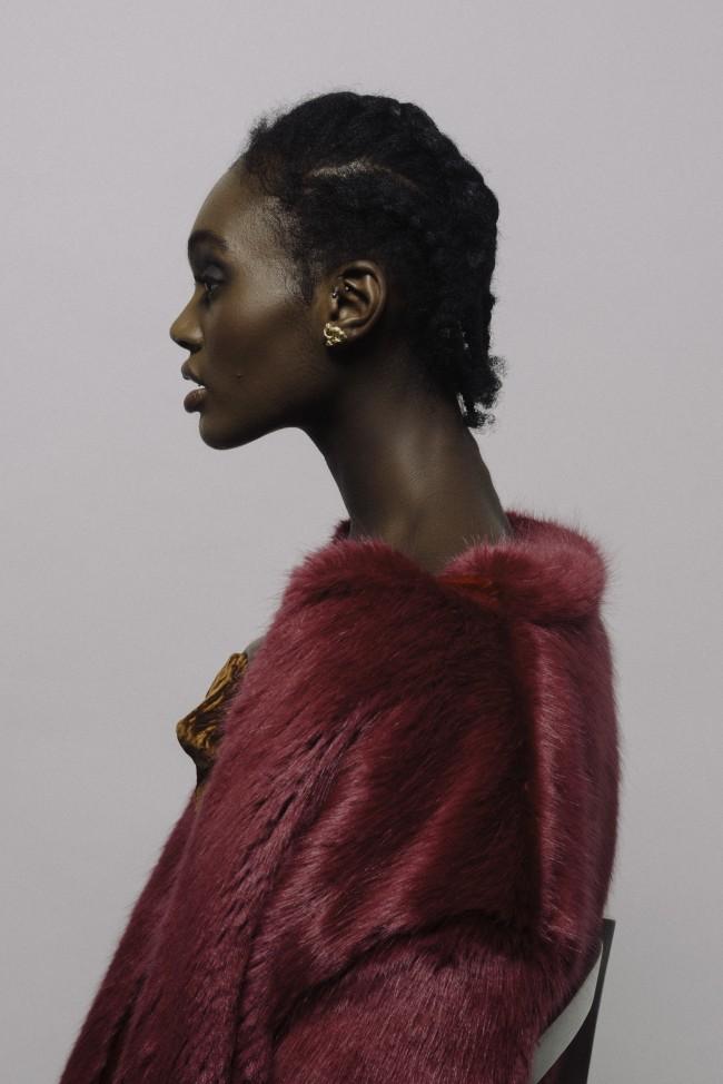 YOSTER by Hila Amar - Sculptural Jewelry. Orecchini