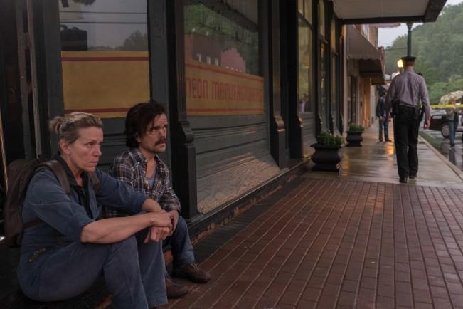 Frances McDormand e Peter Dinklage Tre manifesti a Ebbing, Missouri, film candidato ai Premi Oscar come Miglior film