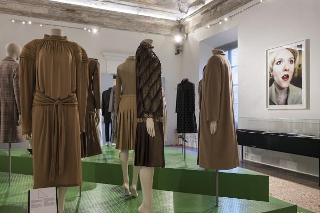 """""""Italiana: L'Italia vista dalla moda 1971-2001"""" è la mostra a Palazzo Reale di Milano. Fashion week MFW. Foto: F. de Luca"""