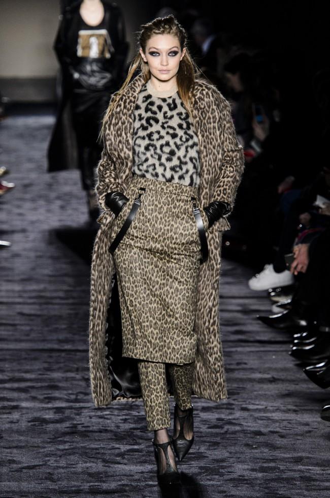 Max Mara Autunno Inverno 18-19. Tendenze moda donna: l'animalier in passerella alla Milano Fashion Week
