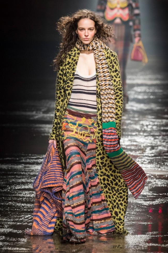 Missoni Autunno Inverno 18-19 Milano Fashion Week, tendenze moda donna: gonna lunga in maglia colorata