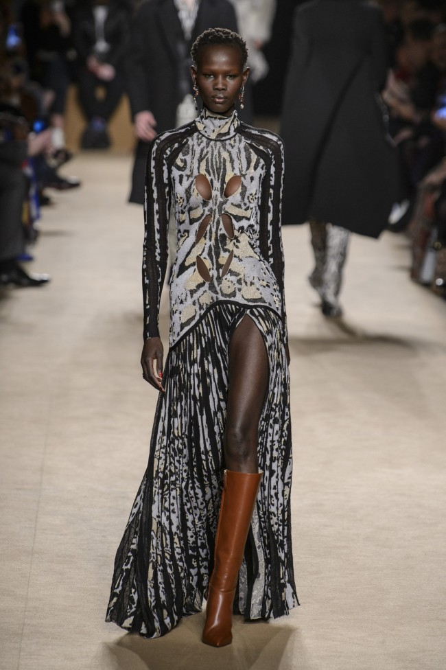 Roberto Cavalli Autunno Inverno 18-19. Tendenze moda donna: l'animalier in passerella alla Milano Fashion Week
