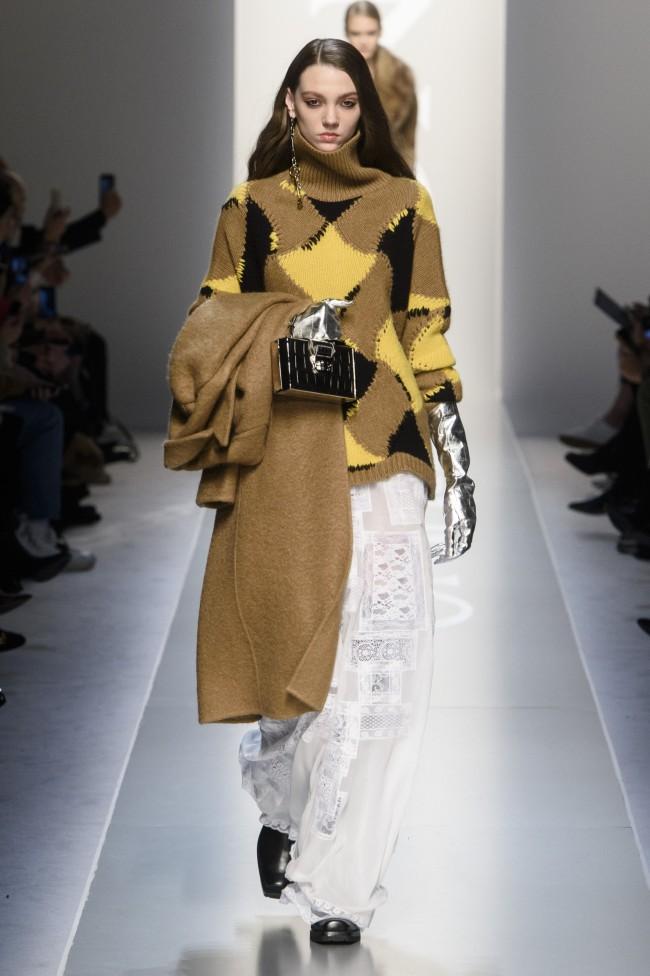 Scervino Autunno Inverno 18-19 Milano Fashion Week, tendenze moda donna. Foto: imaxtree