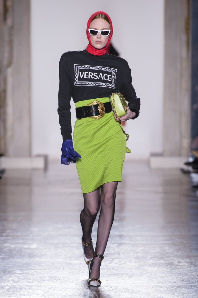 Versace Autunno Inverno 18-19 Milano Fashion Week, tendenze moda donna. Foto: imaxtree