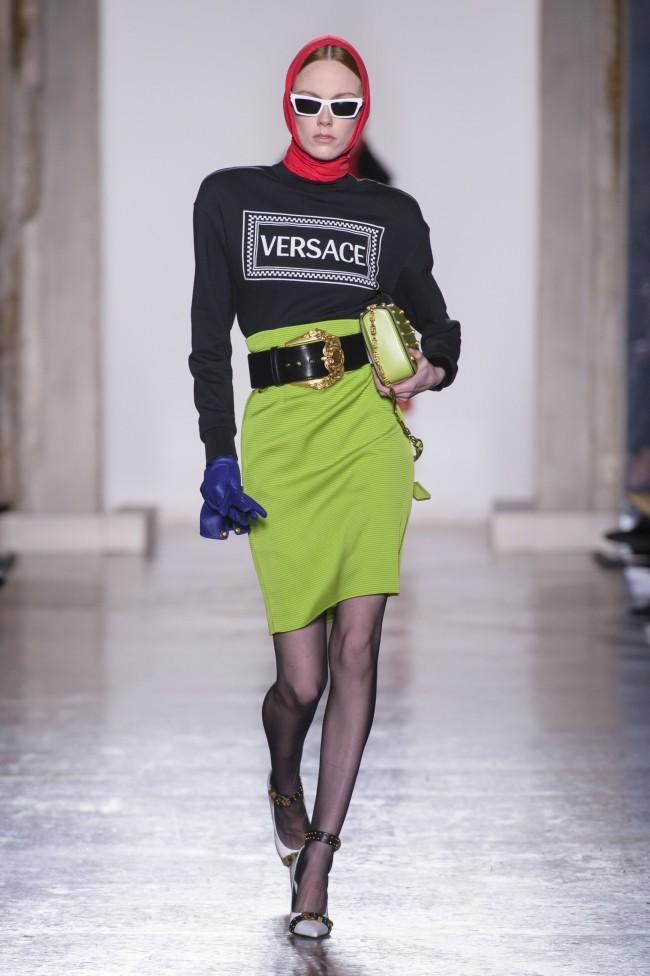 Versace Autunno Inverno 18-19 Milano Fashion Week, tendenze moda donna. Foto: imaxtree