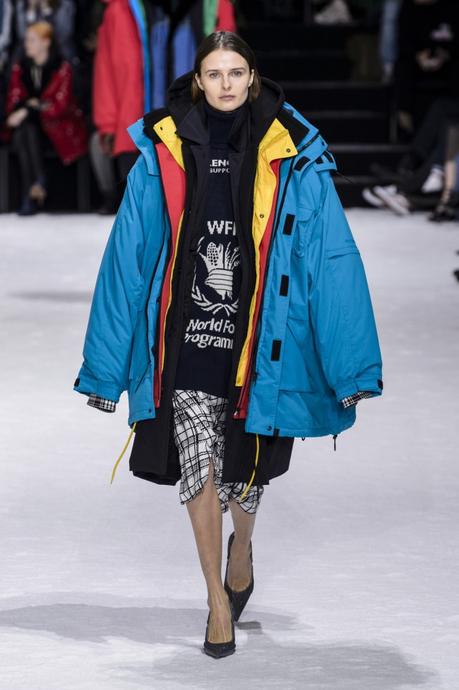 Balenciaga Fall Winter 2018 Paris Fashion Week logo World Food Programme