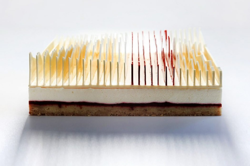 Dinara Kasko, Geometrical kinetic tarts. Torte e dessert geometrici dell'architetta Dinara Kasko scolpiti con Autodesk