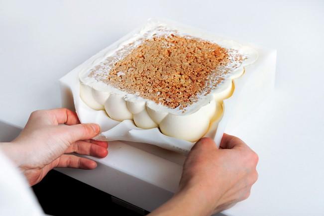 Dinara Kasko, The Bubbles with exotic fruit. Torte e dessert geometrici dell'architetta Dinara Kasko scolpiti con Autodesk