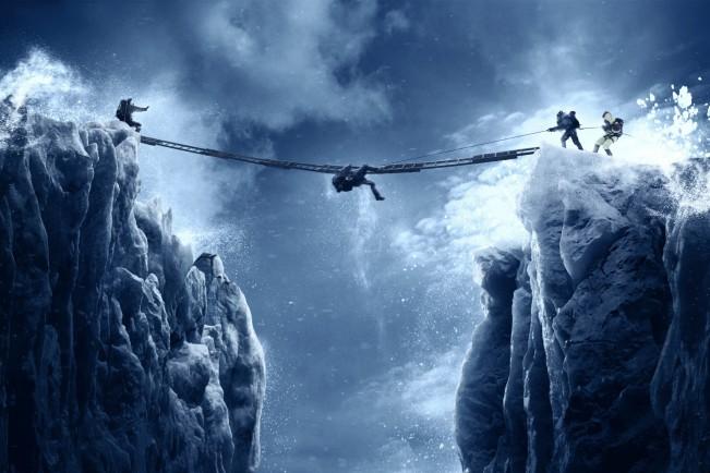 Everest, film del 2015 sulla sulla tragedia del 1996 con Jason Clarke e Jake Gyllenhaal. Film sugli sport invernali al cinema