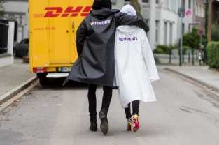 Vetements Raincoat DHL by Alexandra Lapp