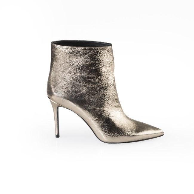 Milano moda donna - Anca Stetco accessori e calzature