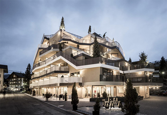 Tofana Hotel by Lukas Rungger, Marina Gousia, Christian Rottensteiner and Lea Mittelberger