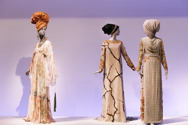 """Installation of """"Contemporary Muslim Fashions"""" on view at the de Young museum from September 22, 2018 - January 6, 2019 Ensembles by Melinda Looi and Khanaan Shamlan Photography by Joanna Garcia Cheran Image courtesy of the Fine Arts Museums of San Francisco"""