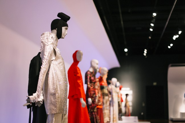 "Installation of ""Contemporary Muslim Fashions"" on view at the de Young museum from September 22, 2018 - January 6, 2019 Photography by Joanna Garcia Cheran Image courtesy of the Fine Arts Museums of San Francisco"