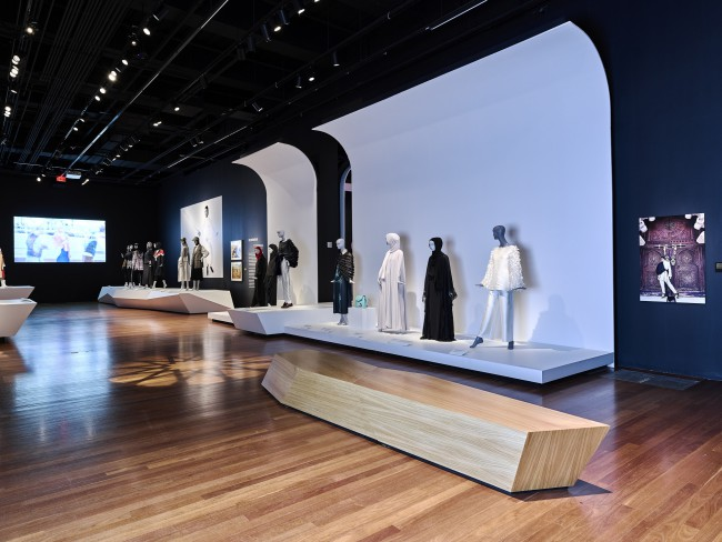 """Installation of """"Contemporary Muslim Fashions"""" on view at the de Young museum from September 22, 2018 - January 6, 2019 Image courtesy of the Fine Arts Museums of San Francisco"""