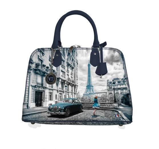 Ynot?, brand diventato celebre per la sua Yes Bag, punta a diventare un brand total look. Accessori, borse e pochette, quindi, ma anche abiti e scarpe all'insegna di un'artigianalità tutta italiana. L'obiettivo è far viaggiare e sognare chiunque indossi questo brand...