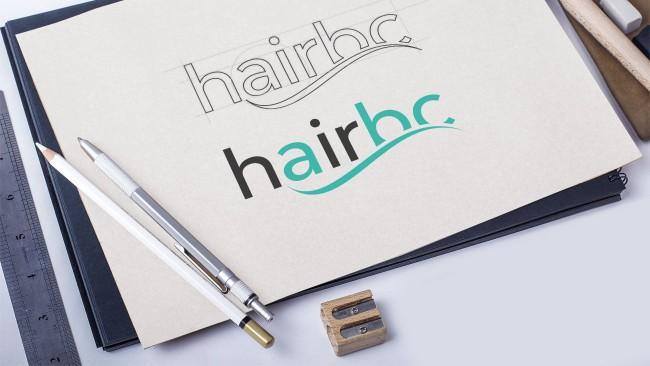 """Rebrush è un sistema di pulizia automatico sviluppato per saloni di acconciatura volto a dare una """"nuova vita"""" alle spazzole rimuovendo i capelli ed igienizzandole in 60 secondi"""