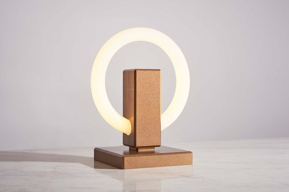 Olah light by Maurice Dery and Jordan Dery