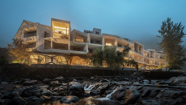 Hill Wind Hotel and Resort by Huafang Wang