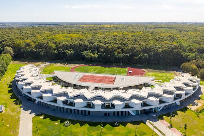 Gearing International School of Debrecen by Bord Architectural Studio