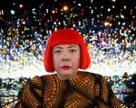 La straordinaria arte di Yayoi Kusama
